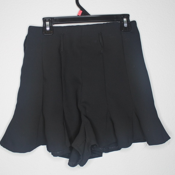 Zara Pants - Zara Dress Shorts